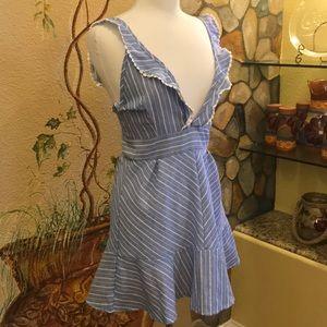 Dresses & Skirts - Striped Ruffled Open Back Linen Mini Dress